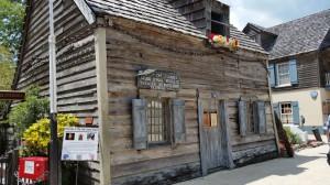 Das wooden schoolhouse, ältestes Schulgebäude der USA
